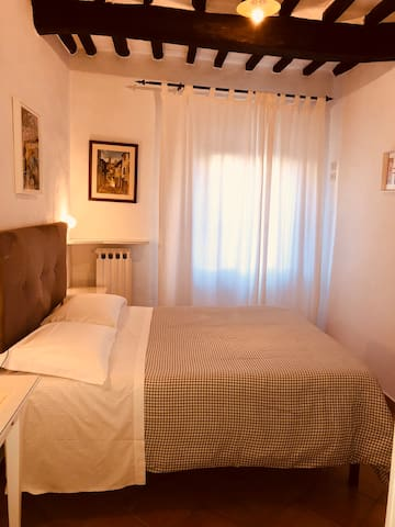 Double room in the historical San Gimignano
