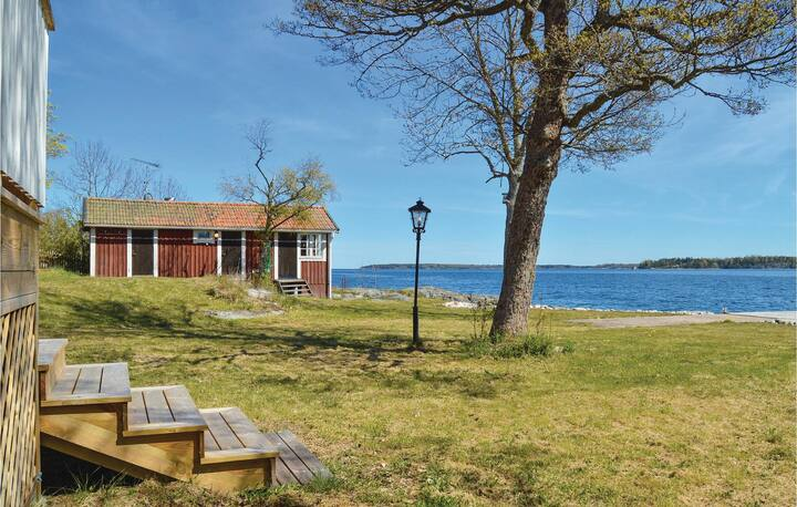 Amazing home in Gräddö with Sauna, WiFi and 1 Bedrooms