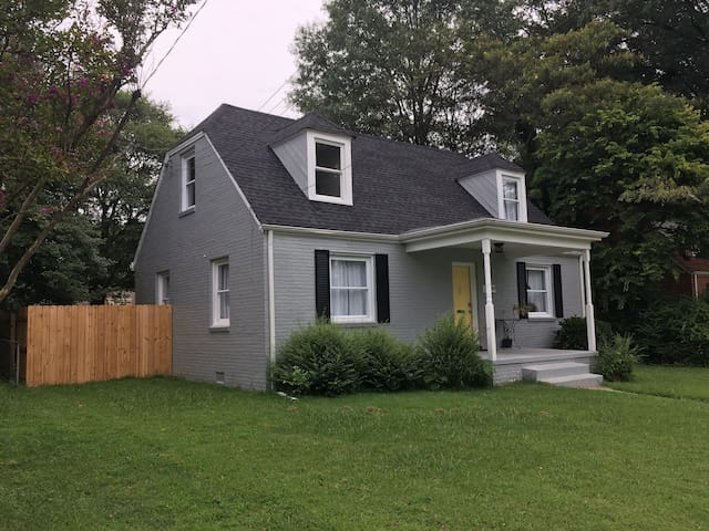 Beautifully Renovated Home near Forest Hill Park
