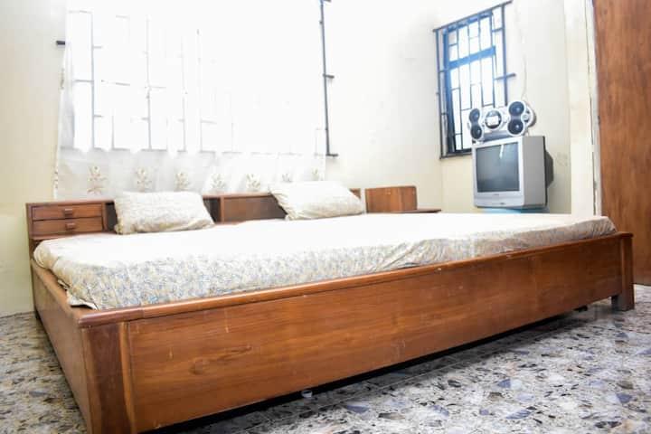 Looyee Grace Room at Ologuneru, Eleyele Ibadan