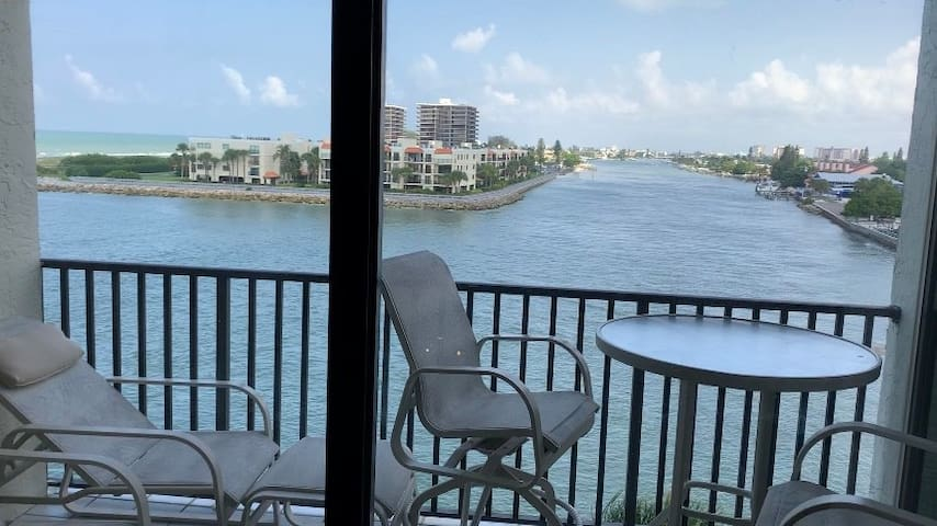 On the beach condo in Saint Pete