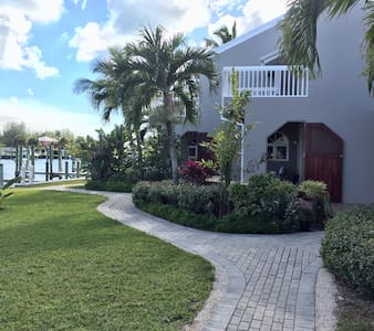 Grey House Condominium with Dock - Treasure Cay