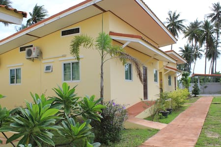 Private Bungalow, 300 Meters Walk to Swimming Pool