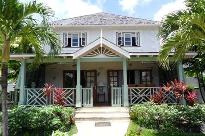 Barbados 4 bedroom Villa close to Holetown - Porters