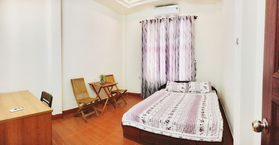 THUY'S HOMESTAY Nice Room for 2 Guests #BeachArea