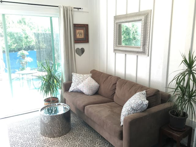 Stylish Studio w Patio, Near Beach!