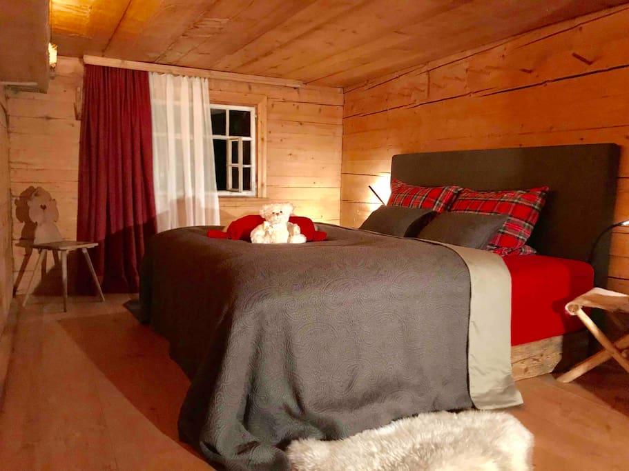 Kleine Schlafkammer 3x5m im Obergeschoss