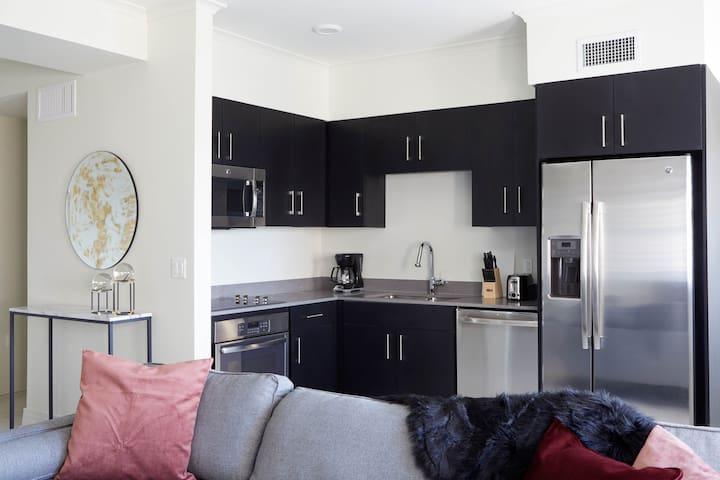 Sonder | Canal Street | Comfortable 1BR + Gym
