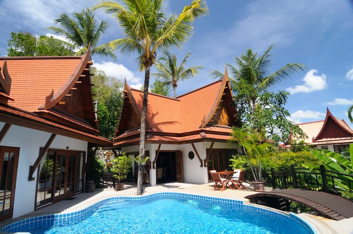 *5 Bedroom Pool Villa with Chefs - Sleeps 12*