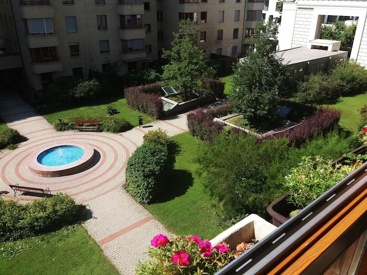 Urban Garden ( whole apartment)