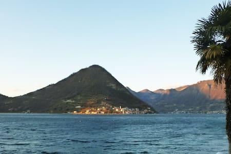 Romantico appartamento in riva al Lago d'Iseo - Sulzano - 公寓