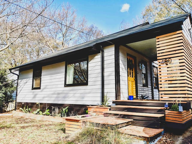 Beltline Bungalow - Steps From Everything You Need