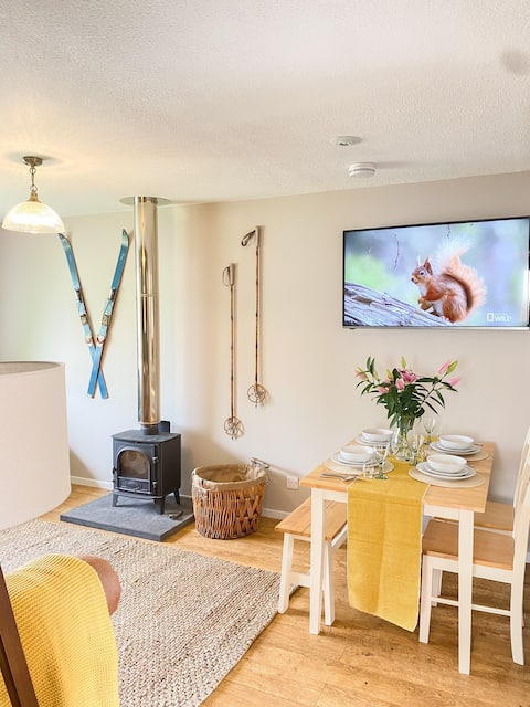 *NEW! Highland bungalow in heart of The Cairngorms