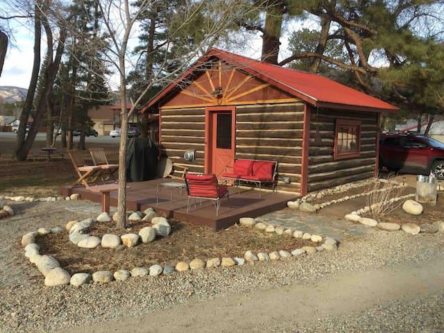 Buena Vista, Cozy Cabin