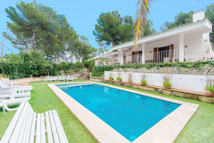 House with sea view and pool - Casa Micenas