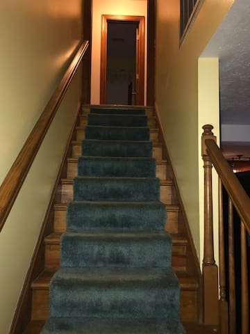 All amenities are upstairs