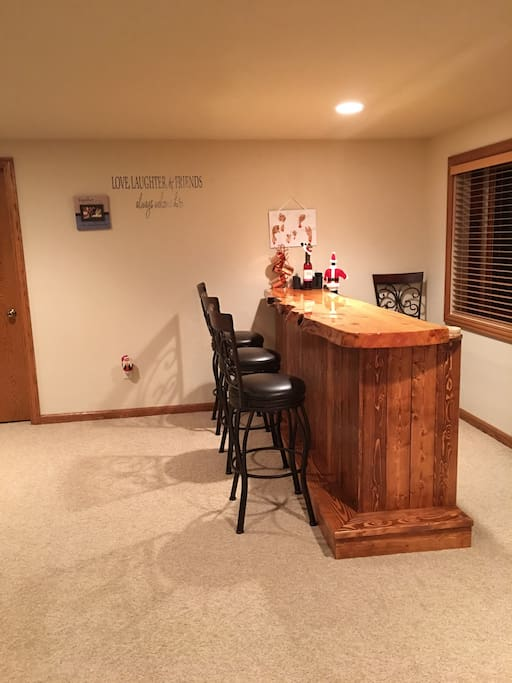 Bar area with small refrigerator