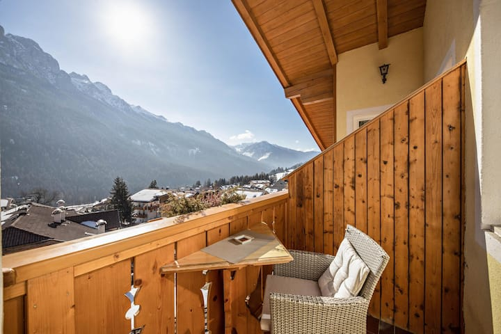 """Charming Apartment """"Majon d'Aisciuda Sella"""" with Mountain View, Wi-Fi & Balcony; Parking Available, Pets Allowed"""