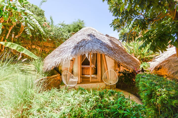 Air conditioned Bamboo Bungalow @ Le Bamboo Bali