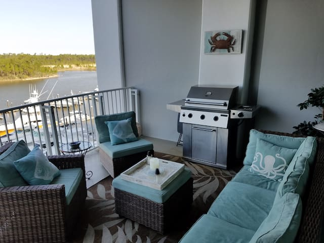 Beautifully Decorated Condo w/ Marina View & Pool! - Orange Beach - Appartement en résidence