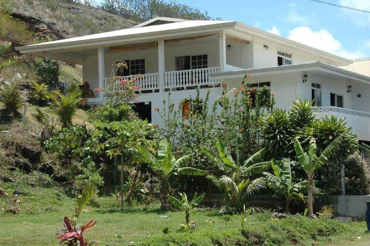 Bora Vaité Lodge - Fa'anui - Guesthouse