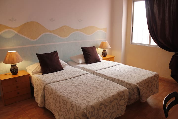 Double Room in S/C-City Centre II - Santa Cruz, Teneriffa - Huoneisto