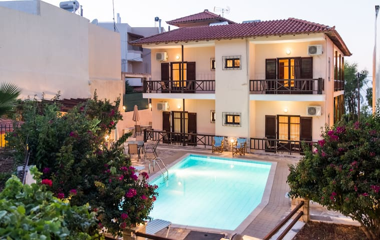 Amarandos Villa: -15% June offer! - Roussospiti - Vila