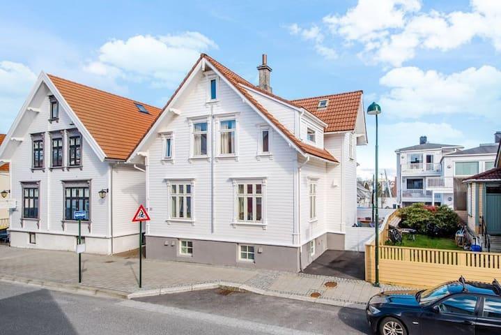 Sjarmerende hus midt i Stavanger sentrum