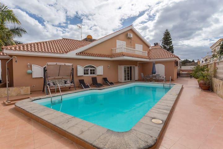 Villa con piscina y jardín privado en Maspalomas - Maspalomas - Villa