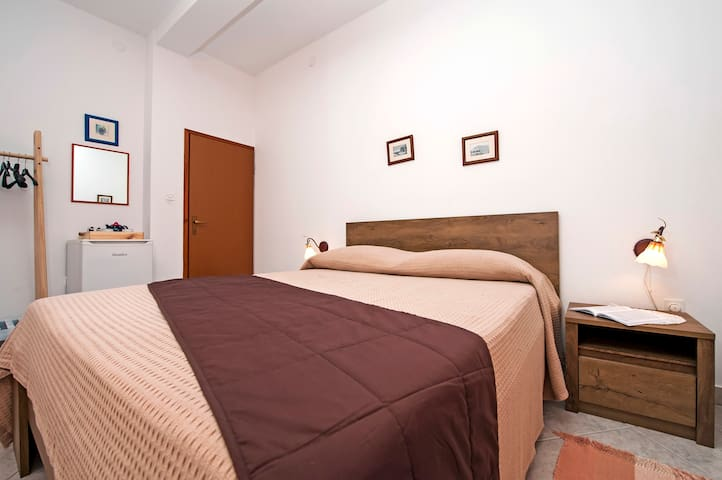Triple Room5 with Balcony in Vila Dolores
