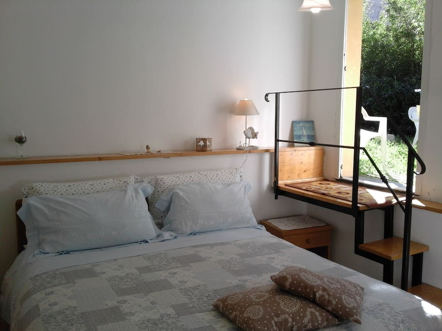Apartment has 1 double bedroom, living room with kitchenette, it is possible add 1 or 2 single beds in the livingroom according with number of guests who booked, batheroom with shower, private garden, parking