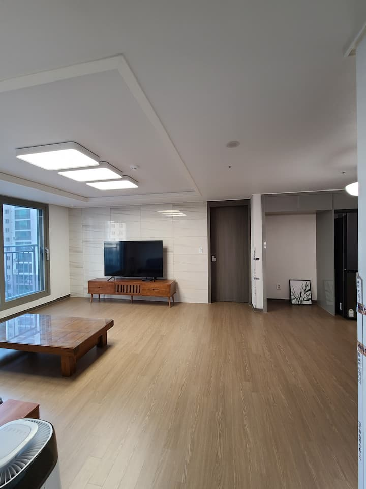 #Clean and Modern New APT in Jeonju-si;전주시신축아파트