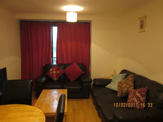 Amazing 2 Bedroom Apartment in the Heart of London