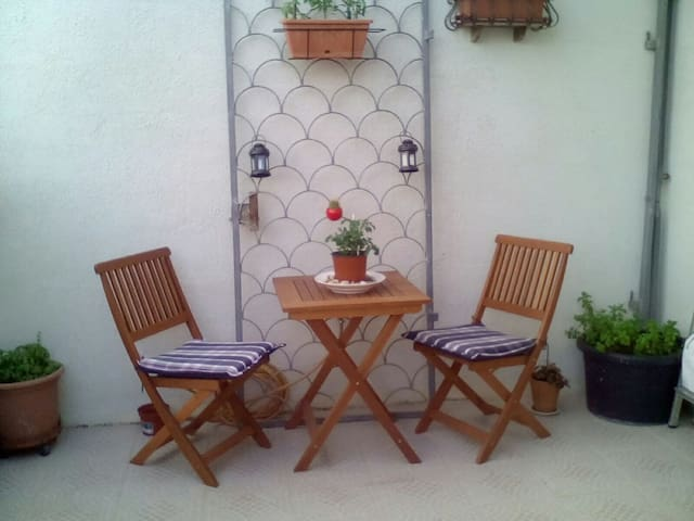 Private Room and a lovely relaxing Sunny Terrace