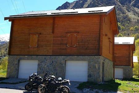 Chalet dans les Pyrénées proche d'Andorre