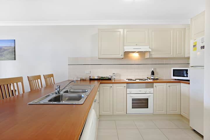 Terralong Terrace Two bedroom spa apartment
