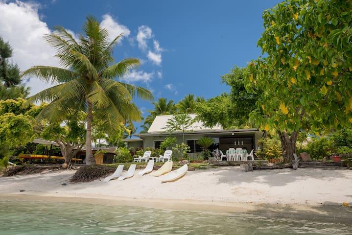 Bora Bora - Matira Sunset House