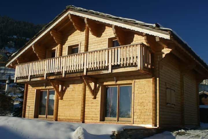 Chalet 4.5 pieces with Swimming pool and hammam located in Leysin - 000032