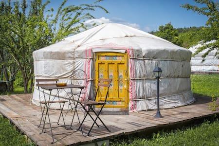 Yurta 3 posti letto (yurta Menta)