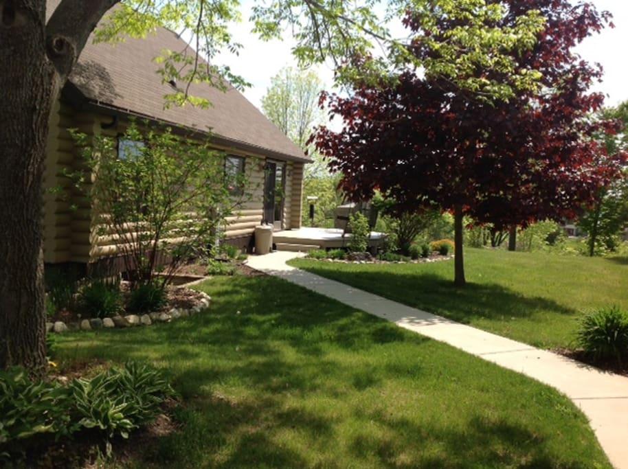 Kitchen Entrance/Walkway