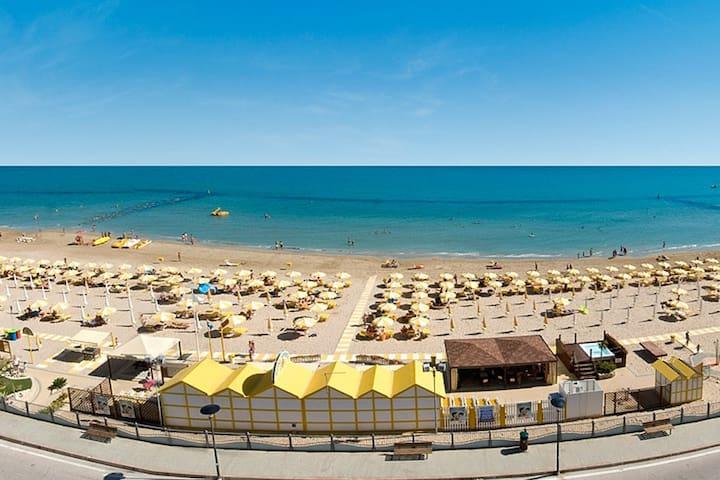 Appartamento in riva al mare - Fano - Daire