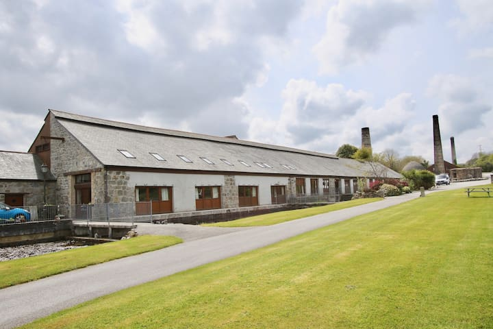 Converted Historic Building in Cornish Countryside