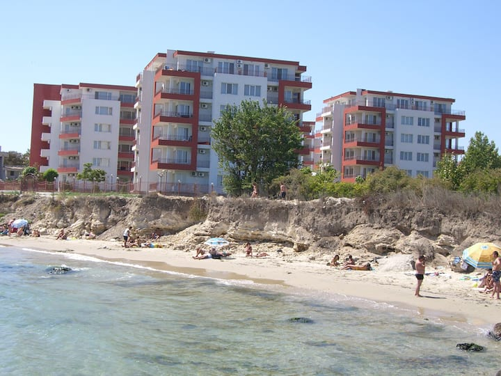 Riviera Fort Beach, 1BDR. Up to 3-4 people