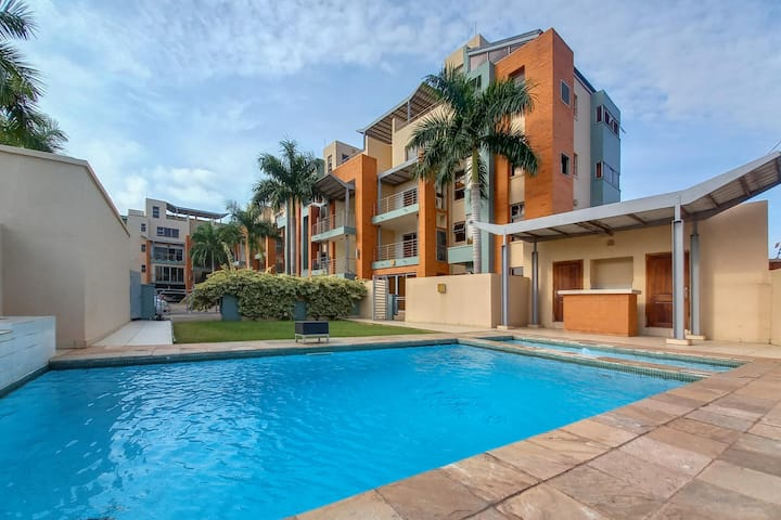 East Legon  | Upscale | 3BDR+Pool and KING bed