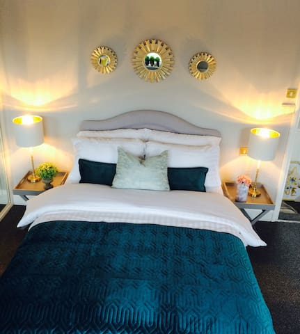 Clean,comfy double room close to city/transport