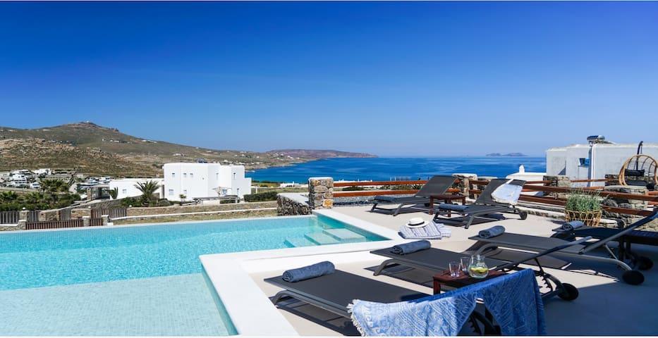 Villa Ortus White Cycladic Lux w/ Private Pool (3bed/3bath)!
