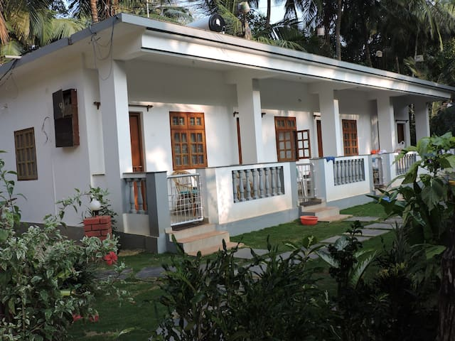 Garden View Deluxe Room with Balcony at Agonda