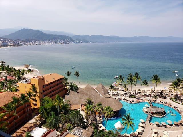 Oceanfront Resort Condo with Amazing View (#1434)