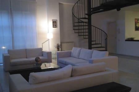 Stanza in Loft, luminosa e confortevole. - Milan