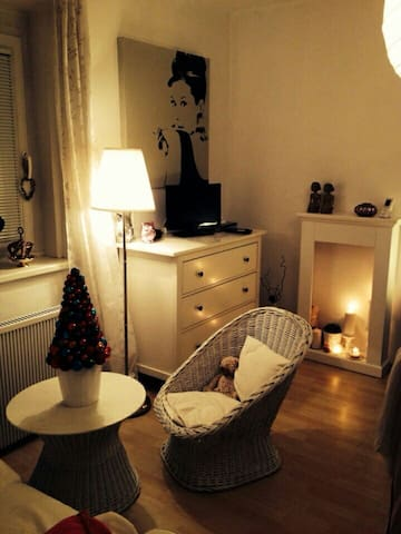 Süße Wohnung - Airportnähe/Wiennähe - Fischamend - Apartamento